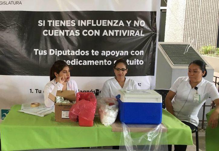 Las autoridades exhortan a los grupos vulnerables a vacunarse. (Archivo/Notimex)