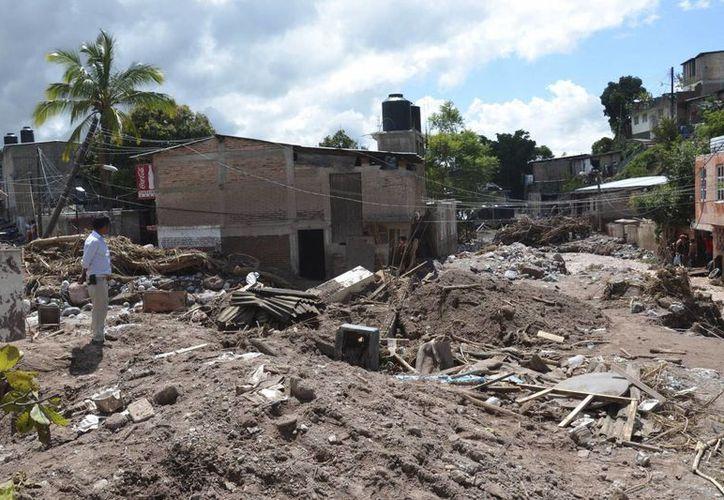 En Guerrero, 'Manuel' devastó el 60% del territorio estatal. (Notimex)