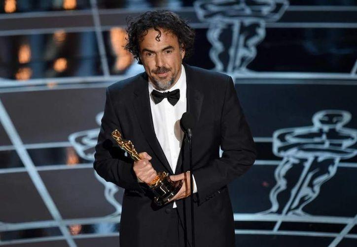 Alejandro González Iñárritu podría ser el primer director en ganar dos veces consecutivas el Premio Oscar, si este domingo consigue el galardón por The Revenant. (Archivo AP)