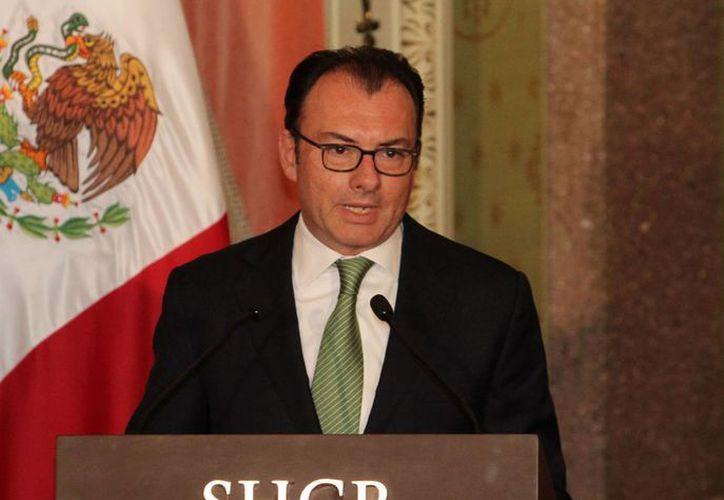 El secretario de Hacienda, Luis Videgaray, asegura que el gobierno federal respalda plenamente a Petróleos Mexicanos. (Archivo/Notimex)