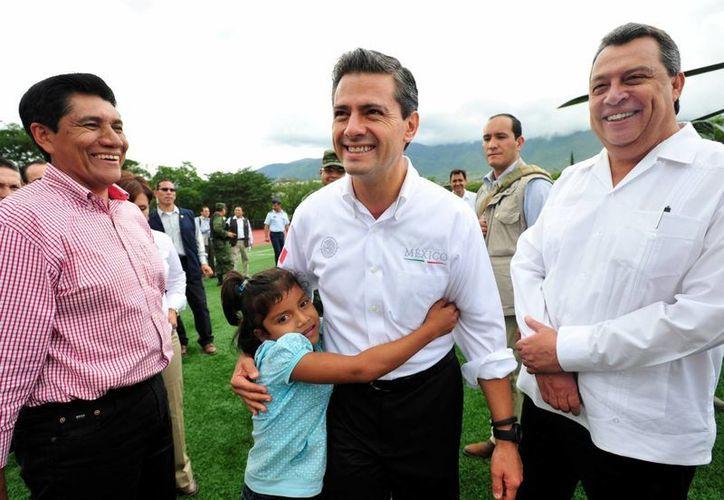 Peña Nieto aseguró que la contingencia aún no termina. (Notimex)