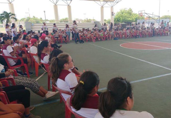 """La inauguración tuvo lugar en el domo del recinto deportivo José María Morelos, mejor conocido como el """"Toro"""" Valenzuela. (Raúl Caballero/SIPSE)"""