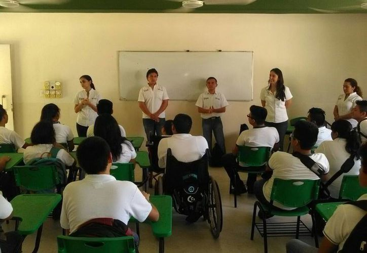 Un nuevo ciclo escolar dio inicio en los cinco planteles del Conalep Yucatán. (Cortesía/ Conalep)
