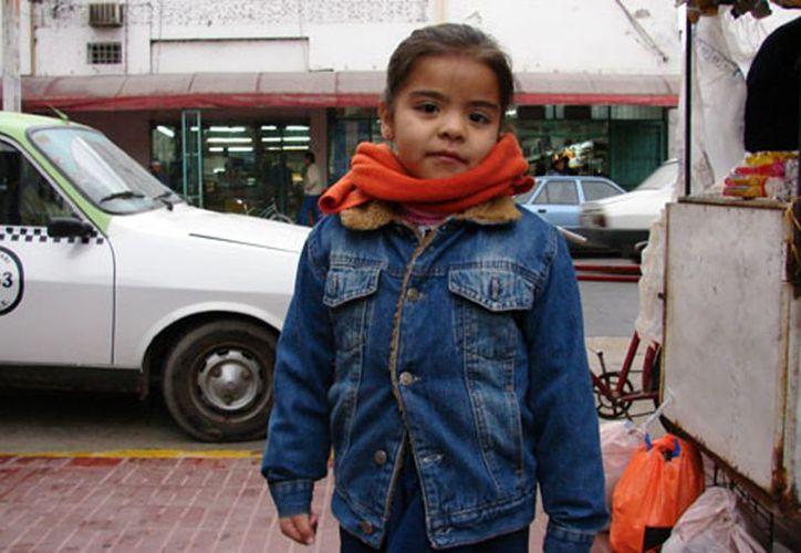 Autoridades de la Secretaría de Salud llaman a los padres de familia a abrigar bien a los infantes y no exponerlos a cambios bruscos de temperatura. (Francisco Sansores/SIPSE)