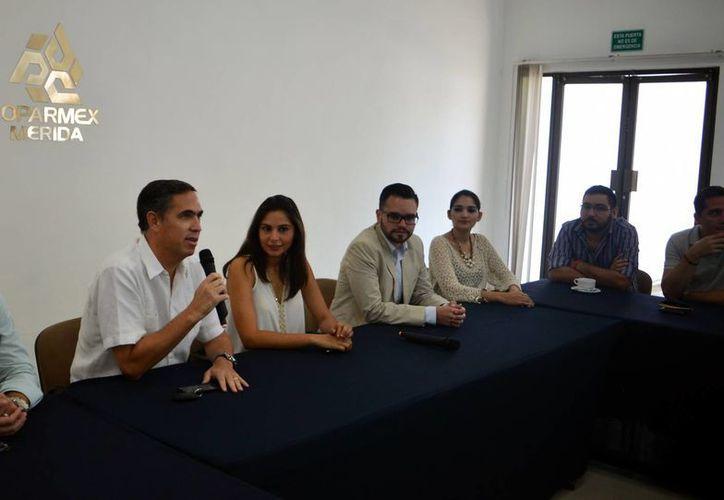 El presidente de la Coparmex de Mérida, Nicolás Madáhuar Boehm, exhorta a apoyar el Buen Fin. (Milenio Novedades)