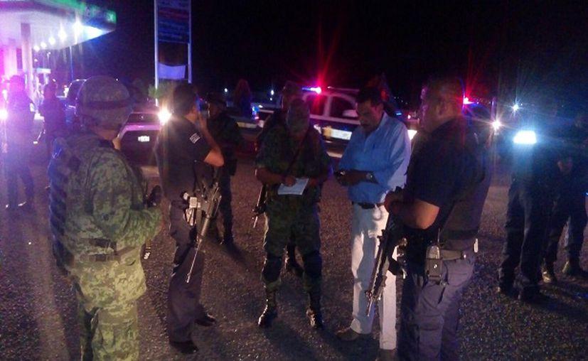 Los heridos fueron trasladados a diferentes hospitales por corporaciones de rescate de los municipios de Apaseo el Grande y Apaseo el Alto. (Diario de Querétaro)