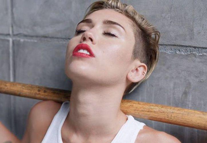 Desde que dejó a Hanna Montana Miley Cyrus ha crecido artísticamente. (Facebook oficial)