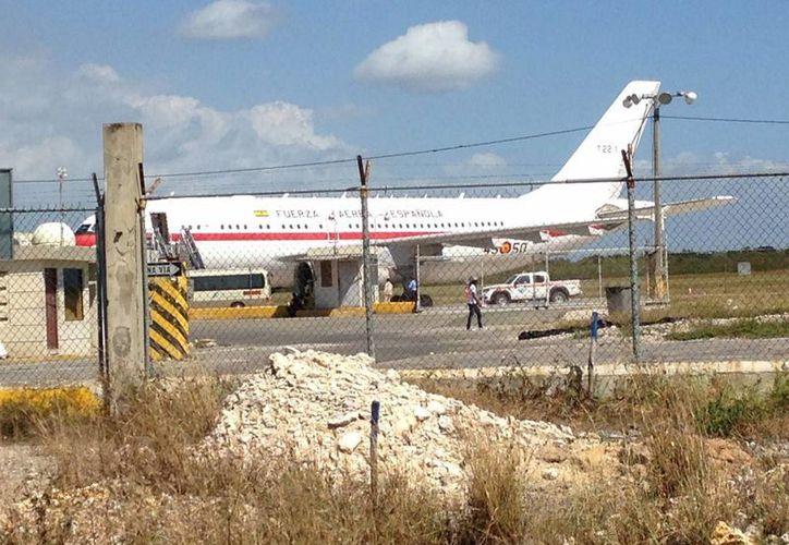 No es la primera ocasión en que el avión del Príncipe Felipe sufre un desperfecto. (EFE)