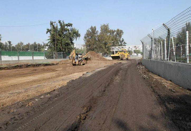 El Autódromo Hermano Rodríguez ha sido remodelado debido a que el mes próximo albergará el Gran Premio de F1. (Notimex)