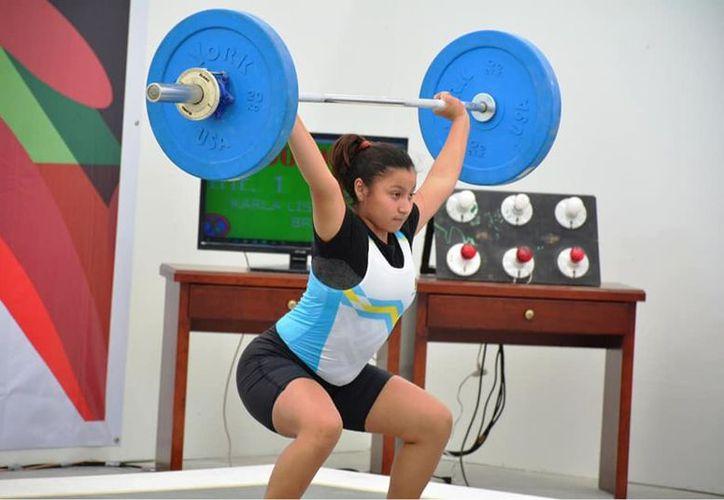 Las y los deportistas quintanarroenses que practican el levantamiento de pesas destacan a nivel nacional. (Miguel Maldonado/SIPSE)