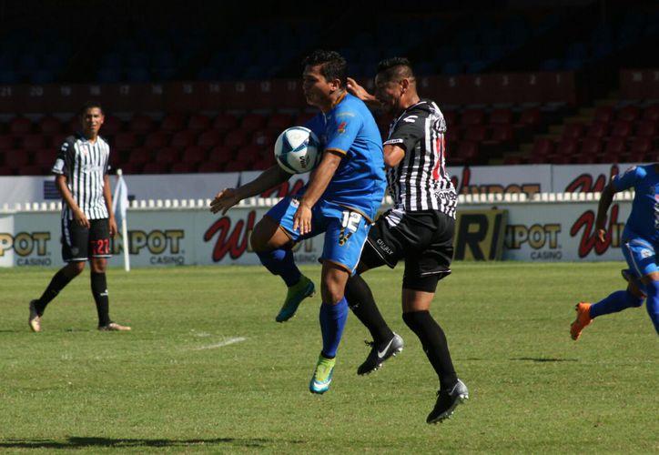 El equipo chetumaleño Yalamakan fue derrotado por los Albinegros de Orizaba. (Miguel Maldonado/SIPSE)