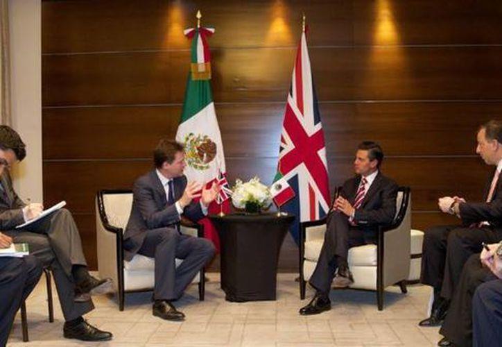 El presidente Enrique Peña dialogó con Nick Clegg acerca de derechos humanos, pobreza e intercambio académico. (presidencia.gob.mx/Archivo)
