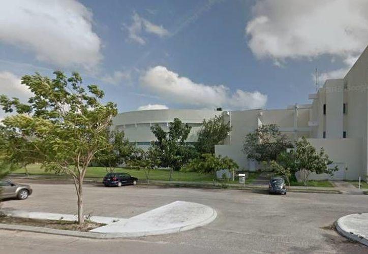Imagen de las instalaciones del Campus Ciencias Sociales, Económico-Administrativas y Humanidades de la Uady. La institución garantizó las becas a sus estudiantes. (Google maps)