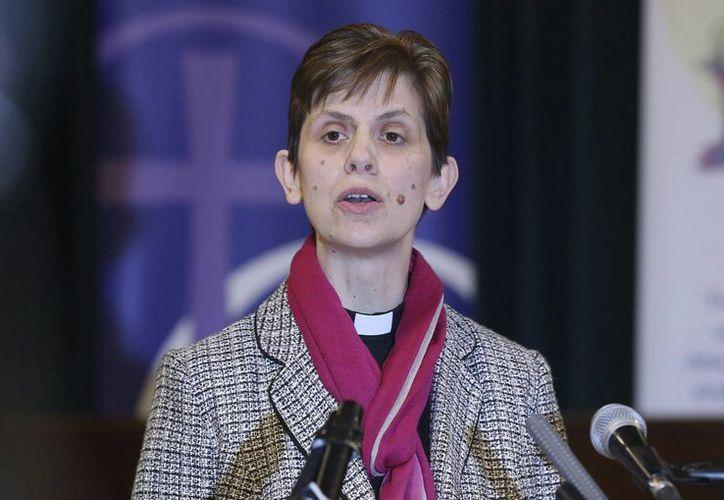 Al conocer su ascenso, la reverenda Libby Lane, se mostró 'muy emocionada' por el 'inesperado' nombramiento y dio gracias a Dios. (EFE)