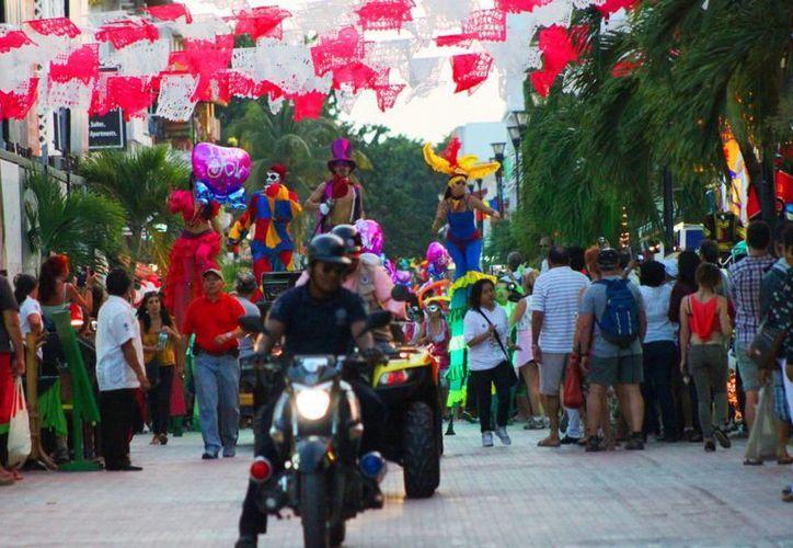 Detiene la Policía Municipal a 160 personas durante el fin de semana. (Daniel Pacheco/SIPSE)