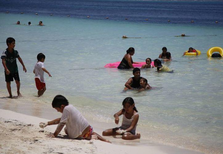 El 35% del turismo que llega al destino es del mercado nacional. (Luis Soto/SIPSE)