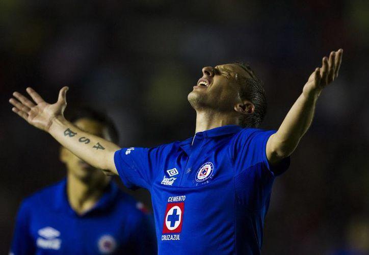'Chaco' Gimenez festeja el gol que le dio el triunfo a su equipo. (Notimex)