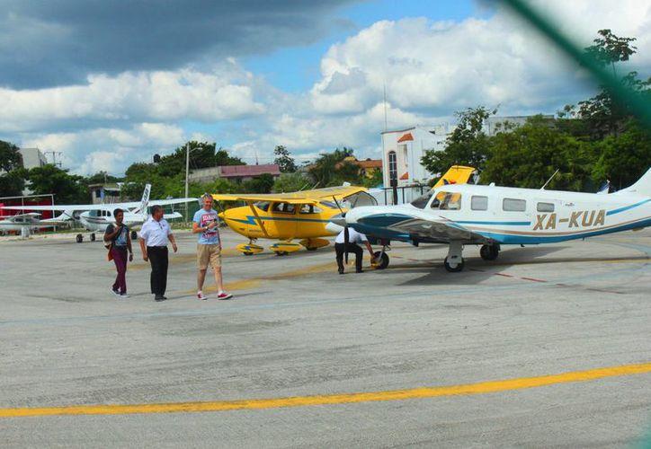Se espera que durante el primer semestre de 2015 ya se tenga una idea sobre cómo se ocupará el terreno del viejo aeródromo.  (Daniel Pacheco/SIPSE)
