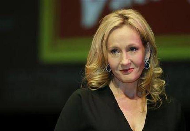 La escritora británica J.K. Rowling es autora de 'The Cuckoo's Calling' , novela detectivesca que presentó bajo el nombre de 'Robert Galbraith'. (Agencias)