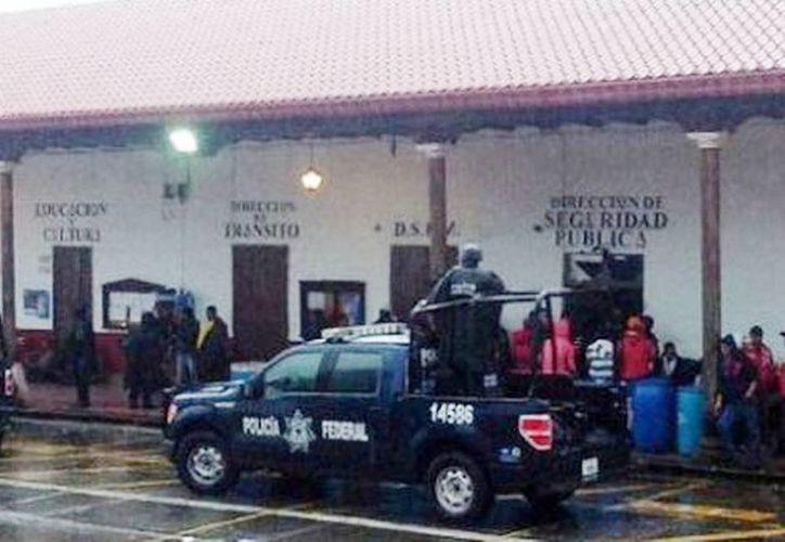 Refuerzan seguridad en Tancítaro, Michoacán (Quadratín/Milenio )