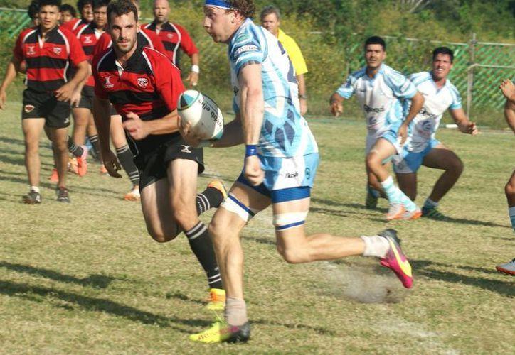 Los cancunenses  representan al Sureste en el Nacional de rugby. (Ángel Villegas/SIPSE)