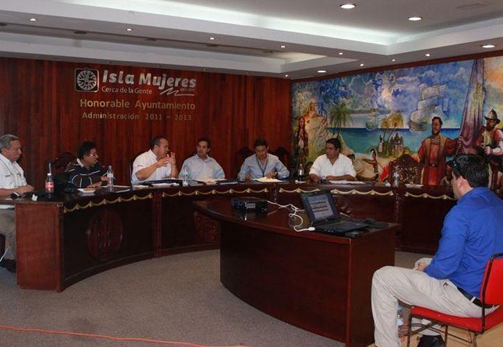 La sesión del Comité Técnico del Fondo para la Vigilancia, Administración, Mantenimiento, Preservación y Limpieza de la Zfemat. (Lanrry Parra/SIPSE)