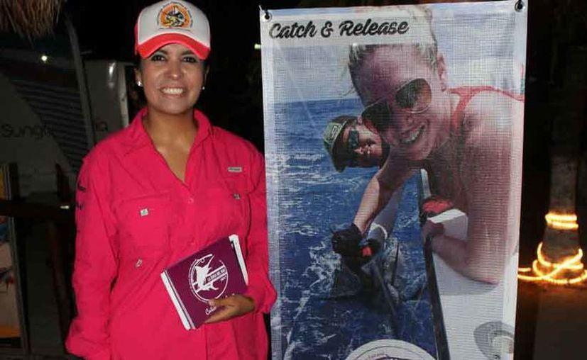 La organizadora del torneo es Karla Luna. (Raúl Caballero/SIPSE)