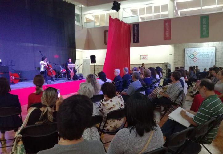 Las actividades se desarrollaron en el auditorio de la Casa de la Cultura de Cancún. (Faride Cetina/SIPSE)