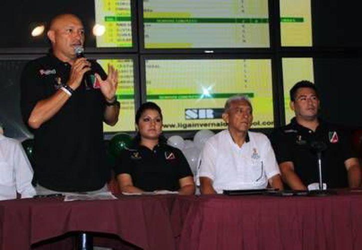 Juan José Pacho Burgos resaltó que los equipos estarán reforzados con jugadores de experiencia. (Milenio Novedades)