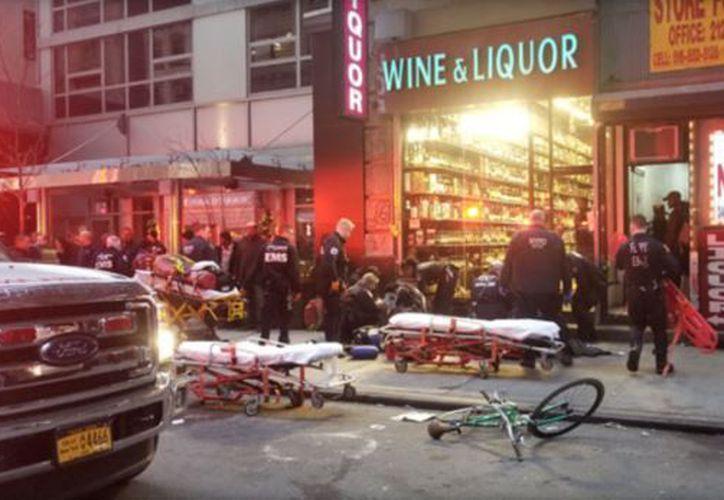 Un tiroteo dejó tres heridos en una zona céntrica de Nueva York cercana al Empire State. (Foto: Televisa)