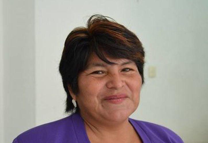 Ángela Sánchez Gutiérrez dijo que en este municipio no habrá manifestaciones por parte del magisterio en contra de la reforma educativa. (Yenny Gaona/SIPSE)