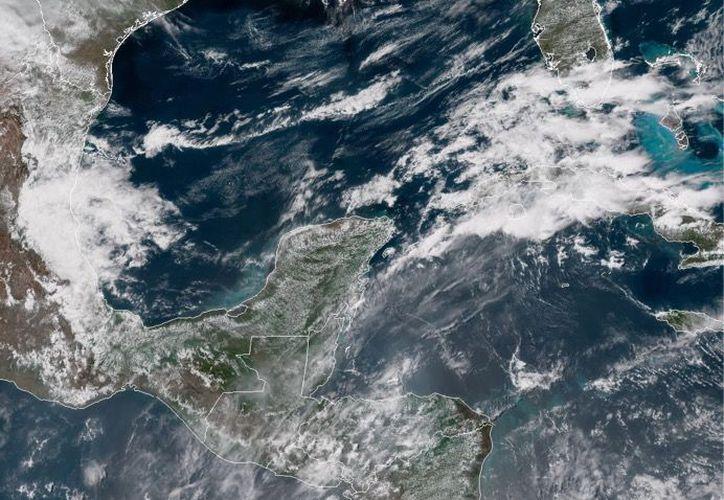 Habrá actividad eléctrica, rachas de viento fuerte en zonas de tormenta y caída ocasional de granizo. (Servicio Meteorológico Nacional SMN)