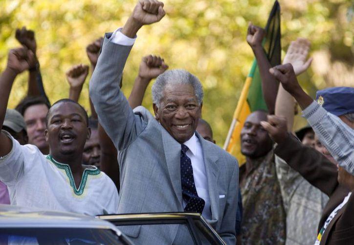 El actor Morgan Freeman dio vida a Madiba en el filme Invictus, de 2009. (Agencias)
