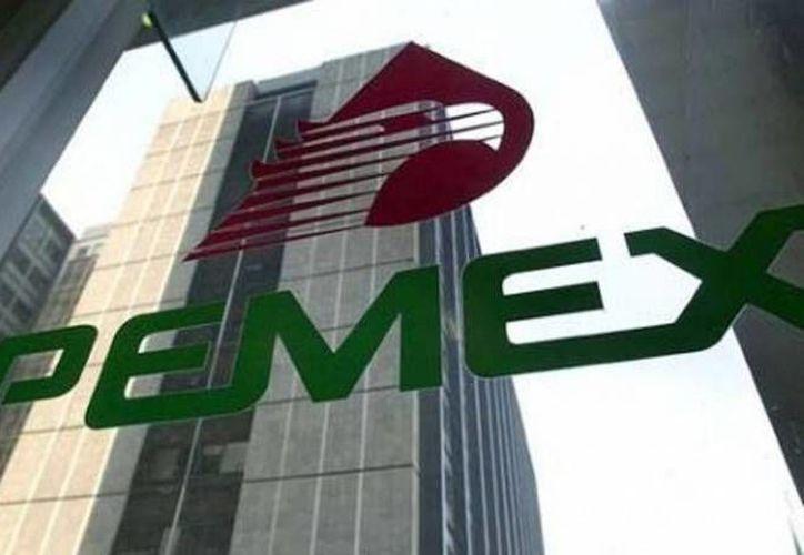 La menor exportación y la caída de 0.7 por ciento en producción de petróleo han mermado a Pemex. (Milenio)