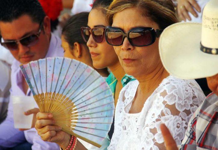 Este lunes el calor dará un tregua a los yucatecos, con la llegada del frente frío No. 43. (Juan Albornoz/SIPSE)