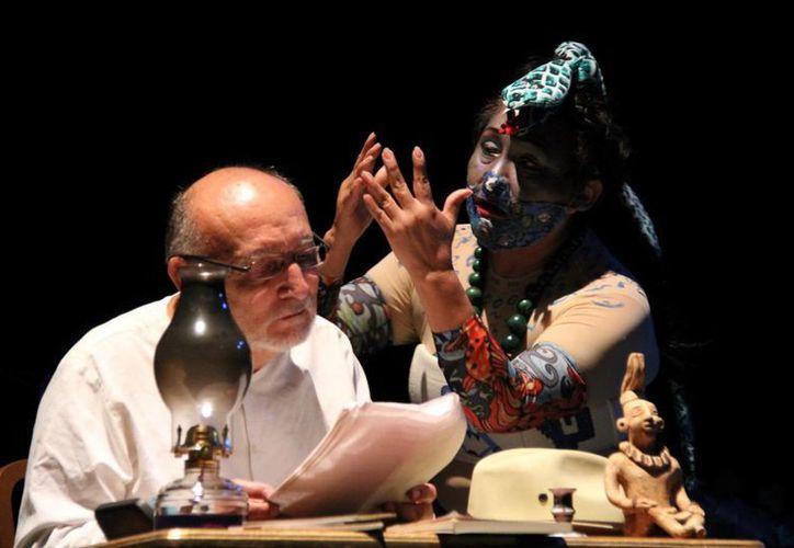 """La obra """"Voces olvidadas"""" fue la encargada de clausurar el festival en el teatro """"José Peón Contreras"""". (Milenio Novedades)"""