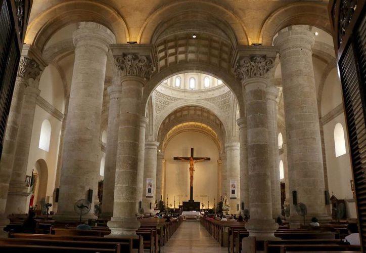 Clausuran el Año de la Vida Consagrada, con jornadas de oración en cada una de las congregaciones religiosas de Yucatán. Imagen de la Catedral de Mérida. (Archivo/SIPSE)