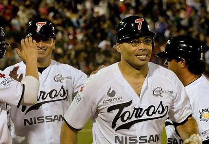 Imagen de los integrantes de Toros de Tijuana, quienes se enfrentarán a Leones de Yucatán a partir de este martes. (Milenio Novedades)