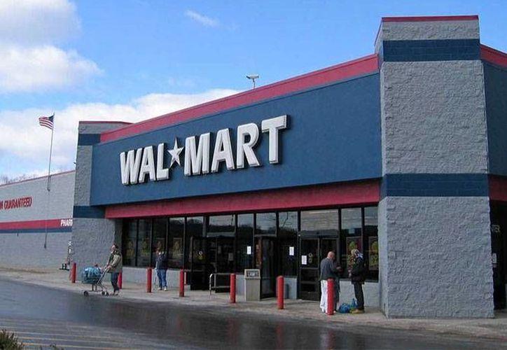 Los sospechosos tenían varios días afuera de la tienda, vivían en una camioneta Chevrolet Suburban con placas de Idaho. (Archivo/AP)