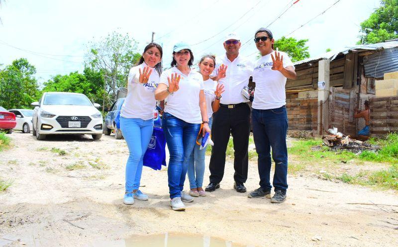 """La aspirante a diputada federal por el Distrito 04 de la coalición """"Por Quintana Roo al Frente"""" afirmó que la gente sabe identificar a quien mantiene una campaña de respeto. (Redacción/SIPSE)"""