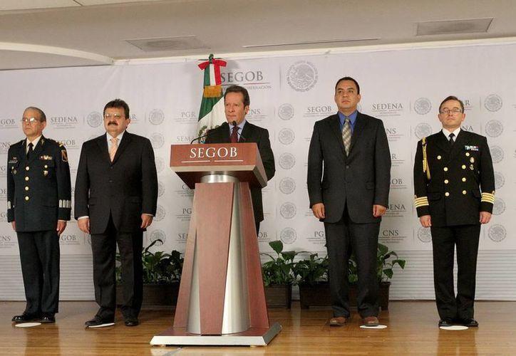 El vocero del Gabinete de Seguridad, Eduardo Sánchez, encabezó la conferencia de prensa para hablar de la captura de las bandas de secuestradores. (Archivo Notimex)