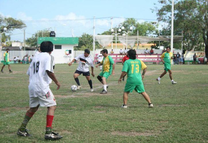 Los participantes se reunirán este fin de semana, y deberán jugar de una manera espectacular para ser tomados en cuenta y así formar parte de la Selección Estatal. (Alberto Aguilar/SIPSE)