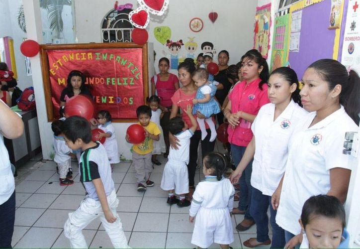 En Chetumal existen 30 estancias infantiles atendidas por la Sedesol y 23 guarderías privadas. (Harold Alcocer/SIPSE)