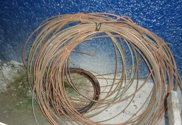 El robo de cableado conductor de cobre en Playa del Carmen se ha convertido en uno de los principales problemas para la CFE. (Archivo/SIPSE).