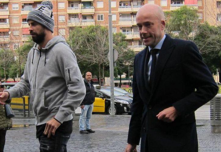 El español se negó a tomar un curso de de sensibilización y reeducación vial, por lo que recuperar su permiso se demoró aún más. (Vanguardia)
