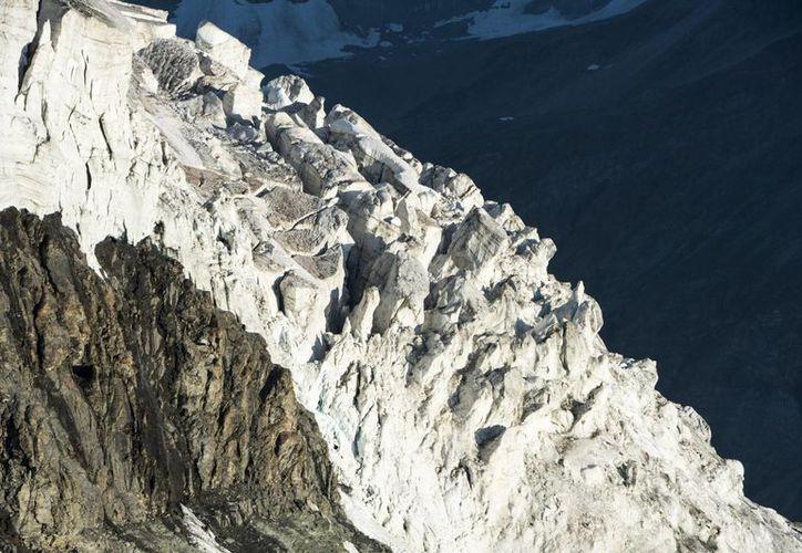 Los dos alpinistas ingleses habían desaparecido el jueves pasado durante su ascenso al monte Cervino. (Archivo/EFE)