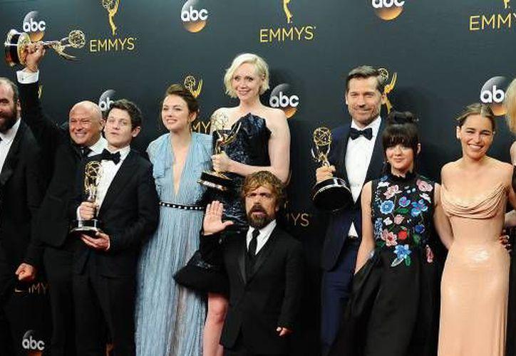 Los protagonistas de una de las series de mayor éxito de la televisión tienen una agenda de lo más apretada. (Contexto)