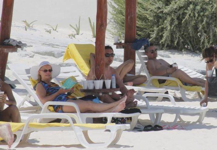 Las agencias de viajes juegan un papel importante en la captación del turismo que visita Cancún y los destinos de Quintana Roo. (Archivo/SIPSE)