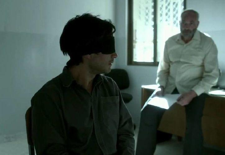 Gael García y Jon Stewart unieron sus talentos para llevar a la pantalla un filme político. (YouTube/Movies Coming Soon)
