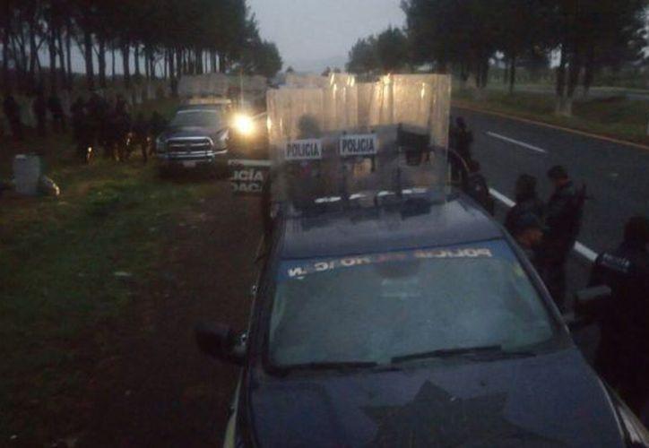 El siniestro fue a escasos 10 kilómetros de la caseta de cobro de la población de Panindícuaro.  (Quadratín).